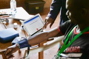 Medical volunteers at MedTreks Kenya working with patients